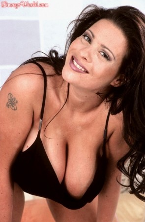 Linsey Dawn McKenzie Growth Spurting 2 linseysworld.com