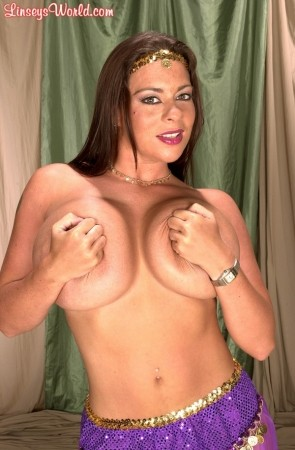 Linsey Dawn McKenzie Queen of the Gypsies linseysworld.com