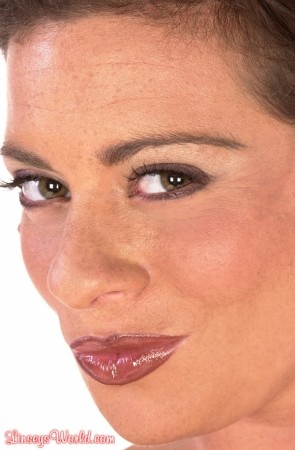 Linsey Dawn McKenzie Getting in Tight linseysworld.com