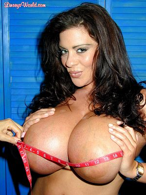 Linsey Dawn McKenzie Measuring Up linseysworld.com