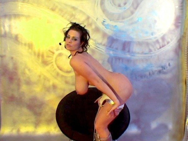 Linsey Dawn McKenzie Linsey's Space Boobs linseysworld.com