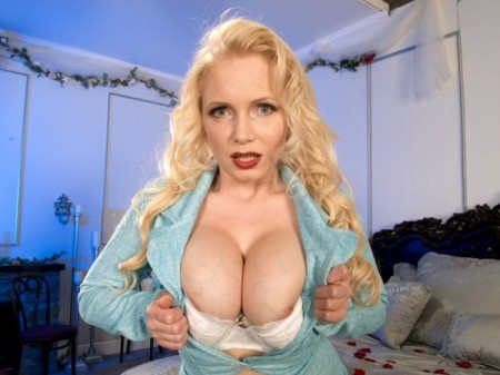 Alana Anderson - Solo Big Tits video