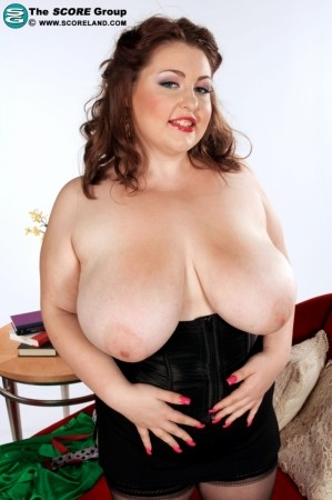 Hillary Hooterz - Solo Big Tits photos