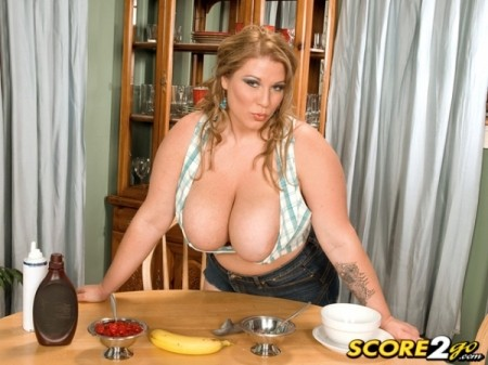 Renee Ross - Solo BBW video