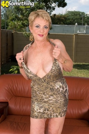 Lin Boyde - Solo MILF photos