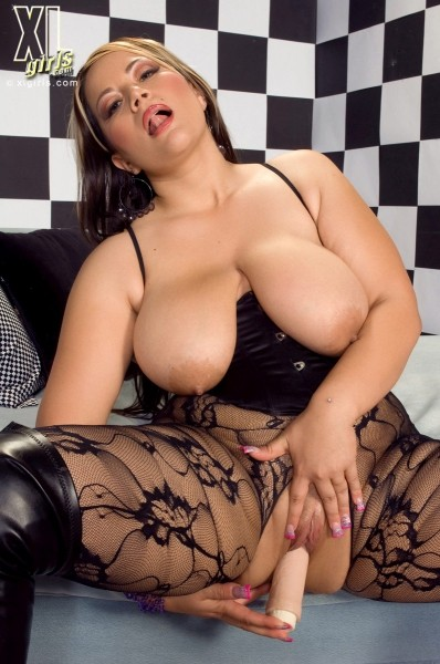 Bella Gianna - Solo BBW photos