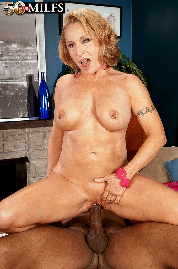 Lucas Stone - XXX MILF photos
