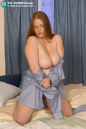 Jessica Taylor - Solo Big Tits photos