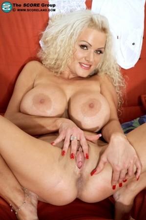 kate bosworth wonderland nude