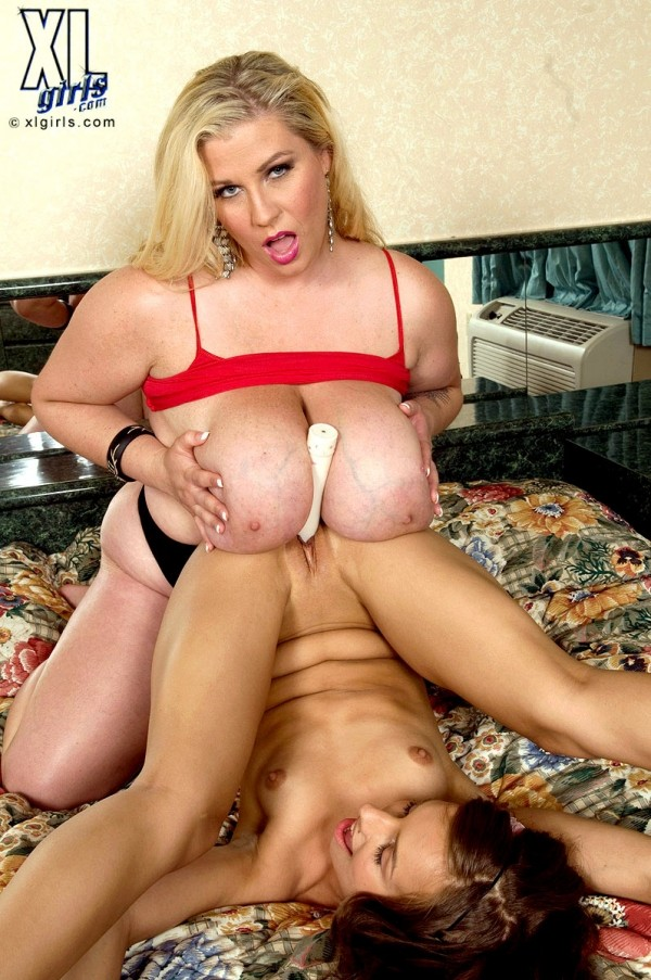 Renee Ross - Girl Girl BBW photos