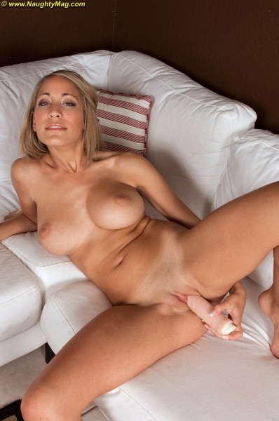 Brittney Dreams - Solo Amateur photos