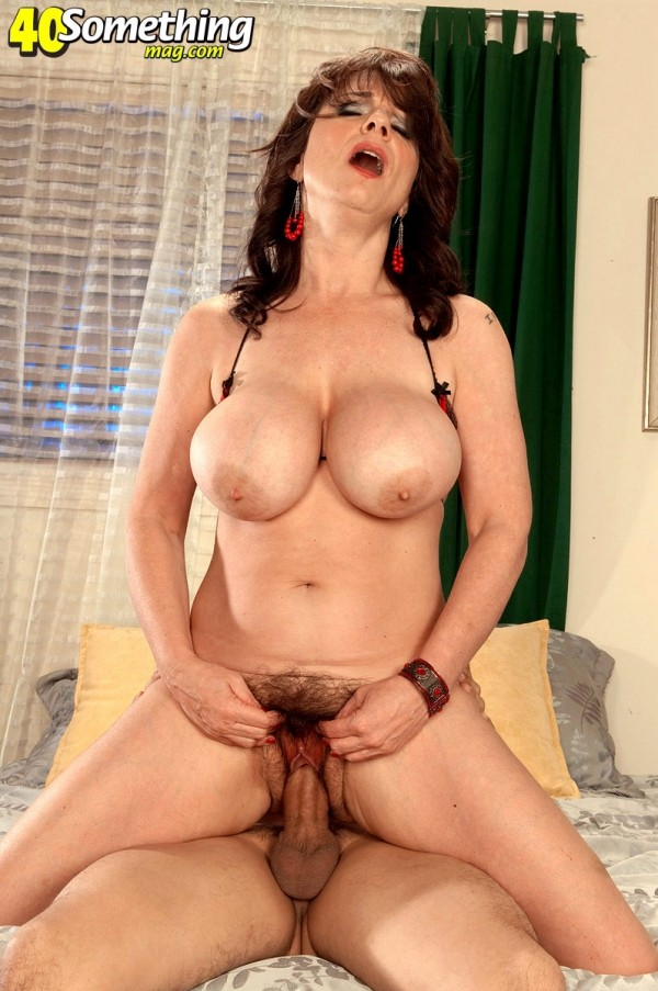 Elektra - XXX MILF photos
