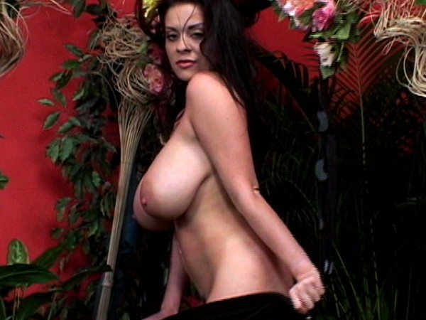 Linsey Dawn McKenzie Linsey Swings It linseysworld.com