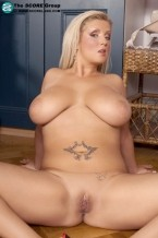Cynthia Flowers - Solo Big Tits photos