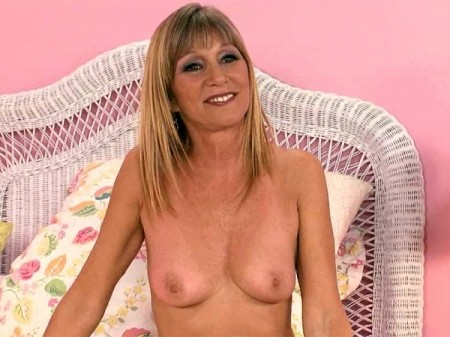 Jessica Sexton - Interview MILF video