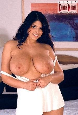 Kerry Marie All In White bustykerrymarie.com