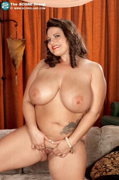 Melonie Max - Solo Big Tits photos