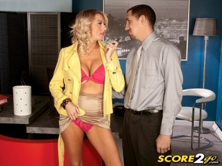 Dallas Diamond - XXX MILF video