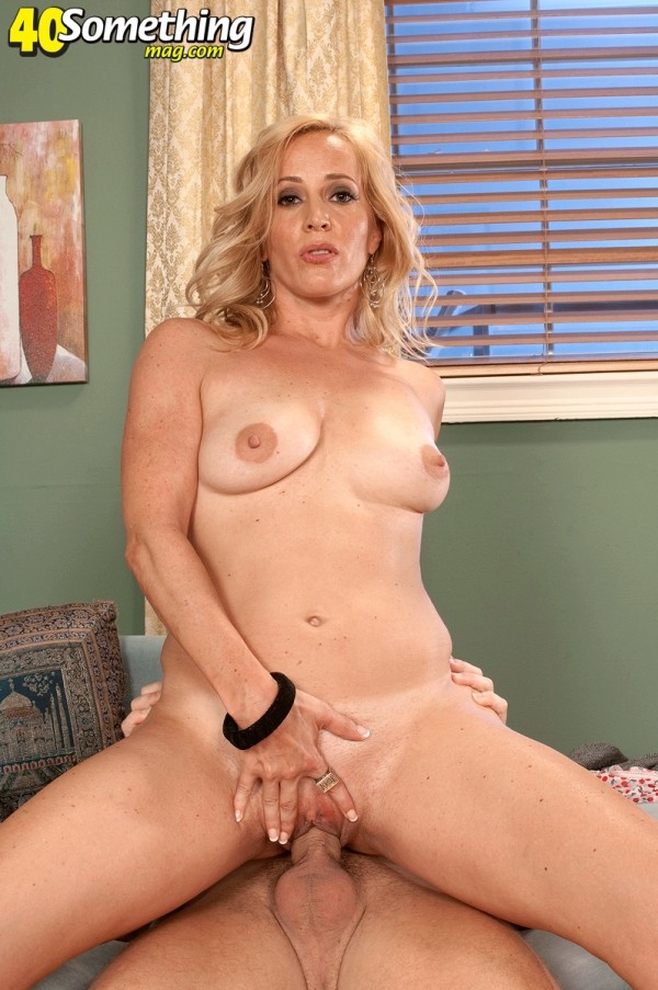 Katrina Kelley - XXX MILF photos