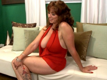 Sheri Fox - Interview MILF video