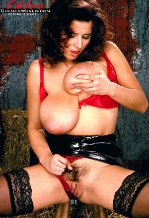 Chloe Vevrier - Solo Big Tits photos thumb