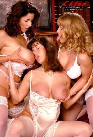 Chloe Vevrier - Girl Girl Big Tits photos thumb