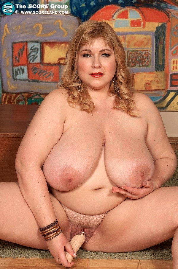 Angellyne Hart - Solo Big Tits photos