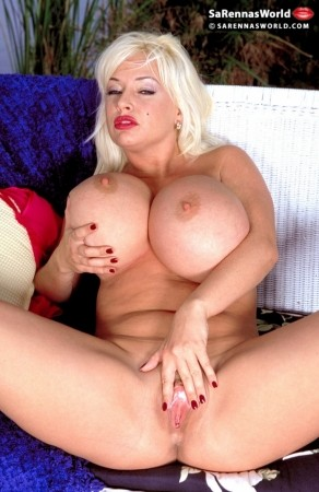 SaRenna Lee - Solo Big Tits photos thumb