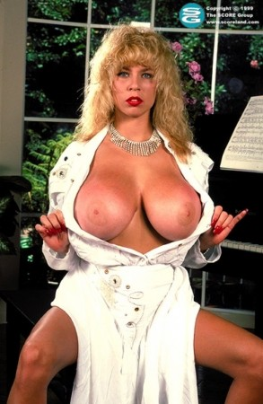 Tiffany Towers - Solo Big Tits photos