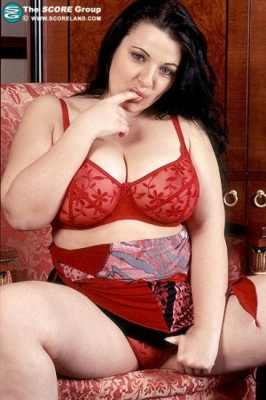 Tina -  BBW photos