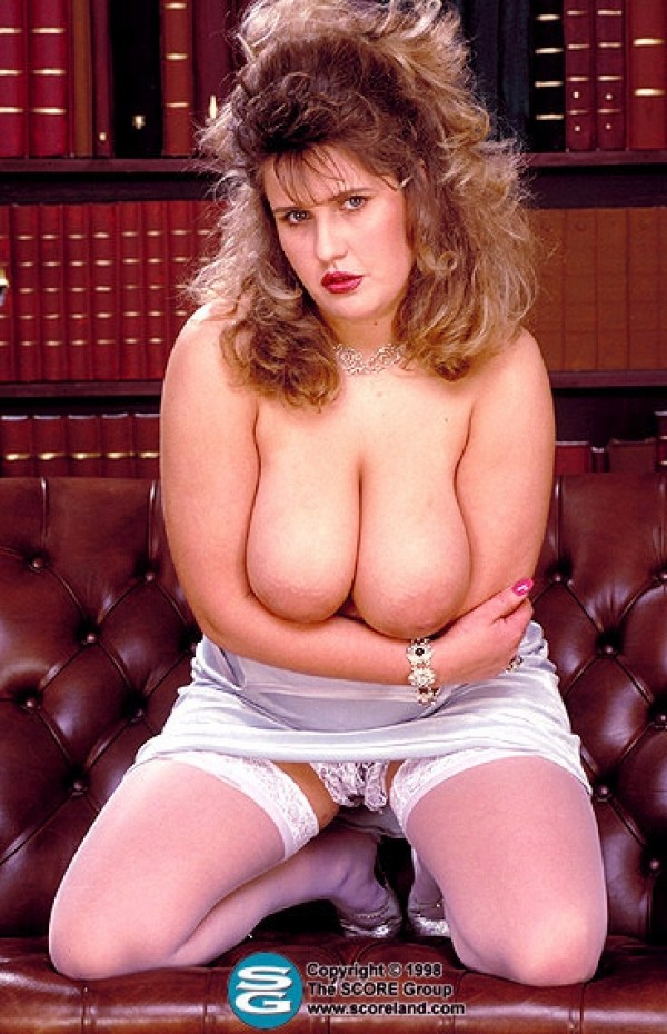 Voluptuous Dressing Room Scoreland 39