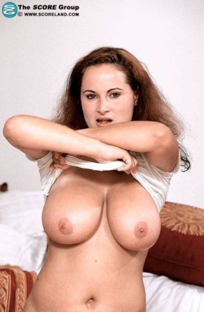 Hana Cekova - Solo BBW photos