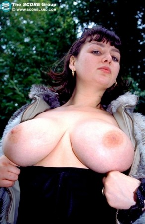 Hannah Callow -  Big Tits photos