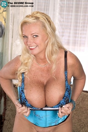 Heather Lane -  Big Tits photos