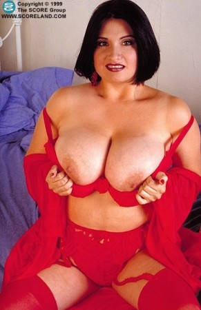 Helena   - Solo Big Tits photos