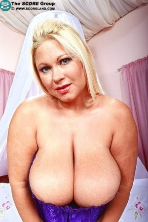 Samantha 38G -  Big Tits photos