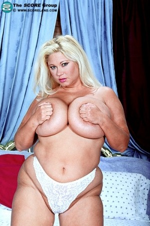 Samantha 38G - Solo Big Tits photos