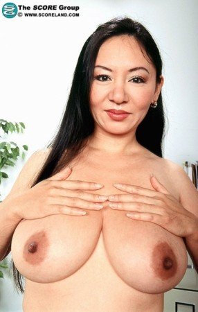 Jade Feng -  Big Tits photos