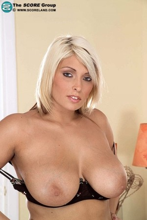 Sam Springs - Solo Big Tits photos