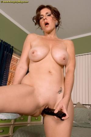 Lorena Ponce Nude 70