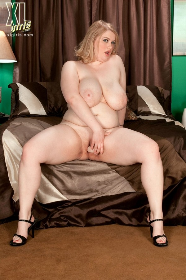 Sadie Berry - Solo BBW photos