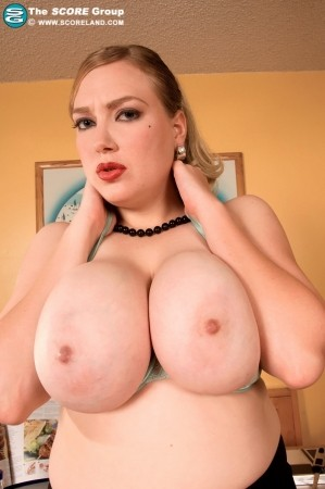 Sabina Leigh - Solo Big Tits photos