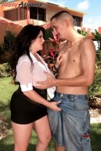 Arianna's XXX Encore: She Does The Lawn Boy