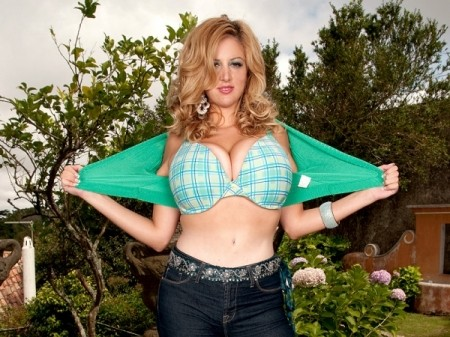 Eden Mor - Solo Big Tits video