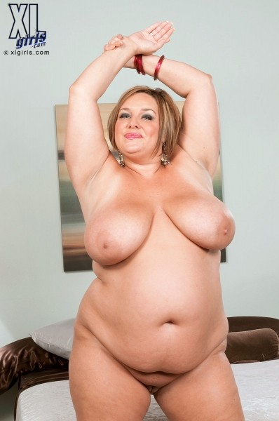 Kendra Grace - Solo BBW photos