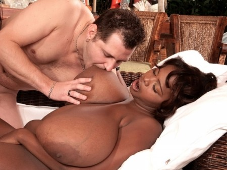 Arianna Sinn - XXX BBW video
