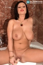 Ivy Darmon - Solo Big Tits photos