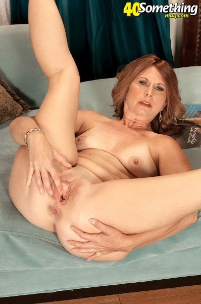 Pepper - Solo MILF photos