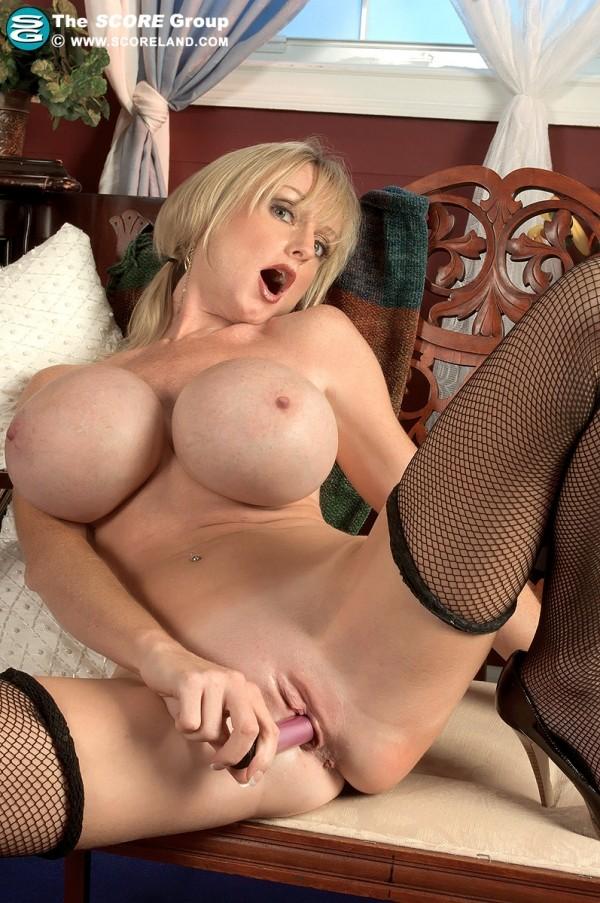 Morgan Leigh - Solo Big Tits pho