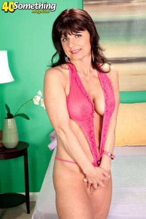 Ginny May - XXX MILF photos